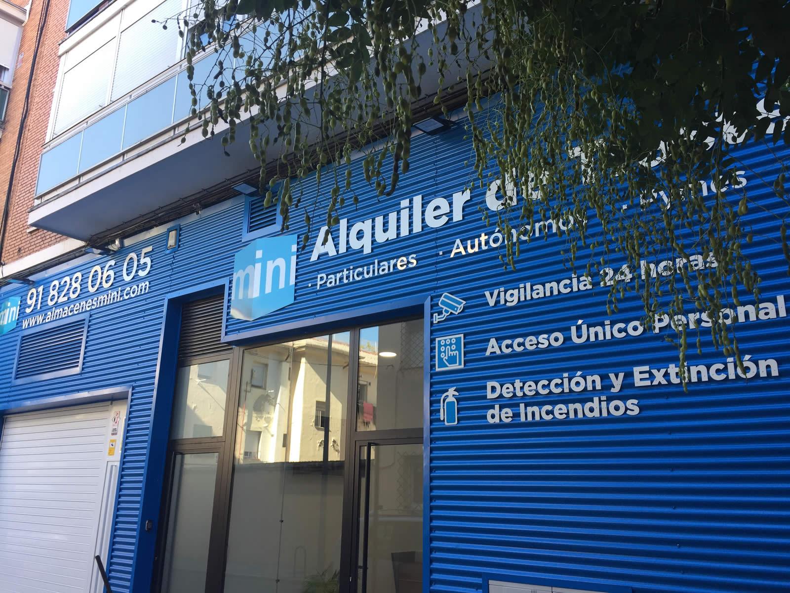Almacenes Mini - Centro Arturo Soria - C/ Alacalá